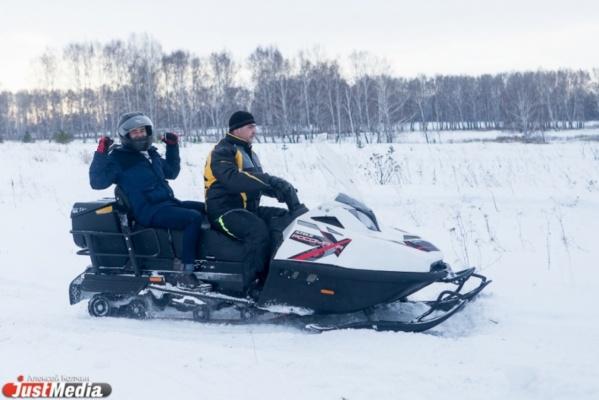 «Без проблем пролетел все препятствия на своем пути»! JustMedia протестировал снегоход, который будет использоваться военными в Арктике