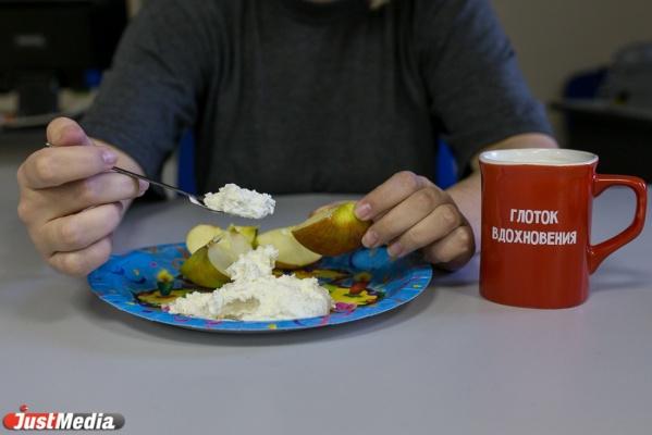 «Я не голодаю, а меньше ем». Пользователи соцсетей восприняли «диету Гаффнера» буквально. СПЕЦПРОЕКТ