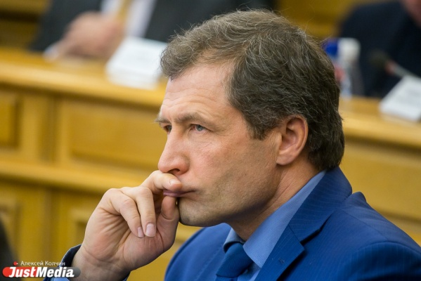 Косинцев, Хабибуллин и Володин провели вторую серию альтернативных слушаний за расчленение Екатеринбурга: «Народ свозили автобусами»