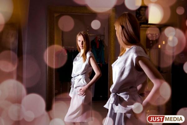Екатеринбургские модницы могут остаться без новой одежды. Многие магазины не смогли закупить весенние коллекции