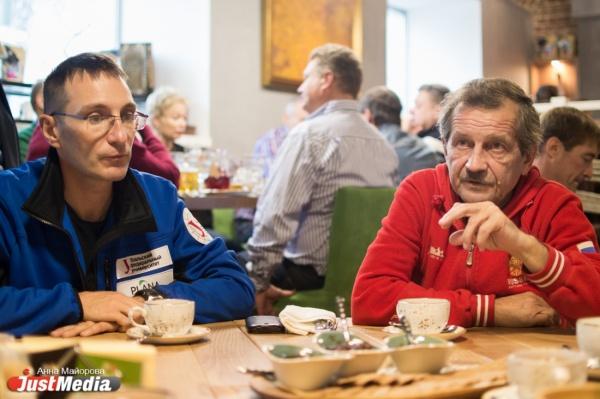 Уральцы на Эвересте: жизнь и смерть, правда и вымысел после 8000 метров. ИНТЕРВЬЮ на JustMedia
