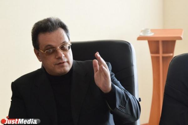 Открытая позиция. Александр Трахтенберг раскритиковал закон о платных федеральных трассах: «РЖД надо бить по рукам».