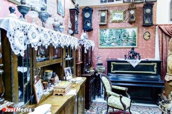Медовая наливка для Пореченкова и стул, на котором сидел Распутин. Чем удивляет россиян частный музей из глубинки. СПЕЦПРОЕКТ