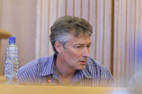 Ройзман сравнил Екатеринбург с Казанью. Депутаты попросили «исключить нотки сепаратизма»