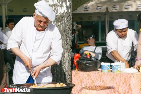 Организаторы фестиваля барбекю обещали не есть победителей поросячьих бегов как минимум полгода
