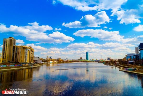 Строить надо, но где? Екатеринбургские архитекторы и Евгений Ройзман предлагают диалог авторам проекта храма-на-воде
