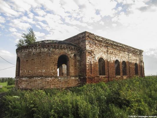 «Храмы — история, вся жизнь человека проходила через них». Уральцы за восстановление разрушенных церквей, а не за строительство новых