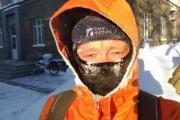 Рецепт спасения от уральских морозов от шотландского барда-велосипедиста: «В -10 надеваю подшлемник, в -20 натягиваю его на нос»
