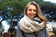 «Когда ты подносишь еду ко рту, видишь у нее глазки, ротик и рожки». Студентка с Урала рассказывает о жизни в мире сиесты и испанских карнавалов. СПЕЦПРОЕКТ