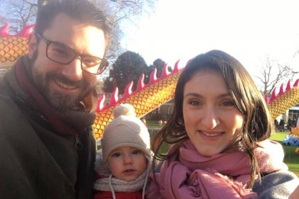 «Меня выписали через 8 часов после родов, а мужу дали декретный отпуск». Уралочка о семейной жизни в Англии. СПЕЦПРОЕКТ