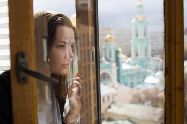 «Сначала изнасиловал, потом предложил вызвать такси до дома». Откровения жертвы уличного нападения в Екатеринбурге. ИНТЕРВЬЮ