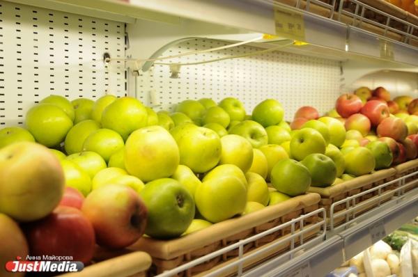 Яблоки не дешевле 100 рублей, капуста дороже бананов. Свердловские депутаты разберутся с федеральными сетями, взвинчивающими цены на овощи и фрукты