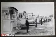 Водители работали с «отстоем», а кондукторы сдавали «зайцев» в милицию. Жизнь автобусов в 1980-х годах глазами работника предприятия в спецпроекте «Е-транспорт»