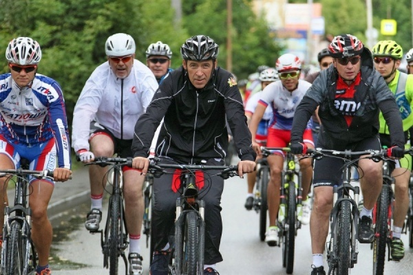 Бабье лето велосипедиста. Как двухколесным в Екатеринбурге дожить до зимы. ВИДЕО