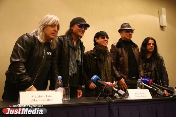 «Ключевым словом для нас является страсть». Scorpions вновь устроят рок-шоу в  Екатеринбурге. ФОТО
