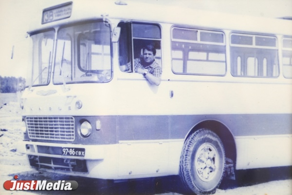 Народные стройки АТП и дежурства в ватниках. О развитии свердловского автобуса в 1960-е годы в СПЕЦПРОЕКТе «Е-транспорт»