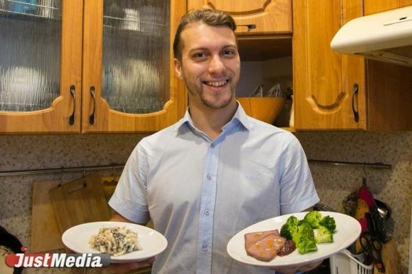 Салат с щупальцами и «вжух» коктейль. Готовим новогодний стол с JustMedia.ru без последствий для фигуры. СПЕЦПРОЕКТ