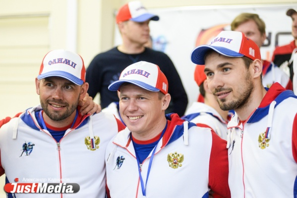 Олимпийские чемпионы, московские актеры, «Уральские пельмени» и свердловские чиновники схлестнулись в «Матче всех звезд»