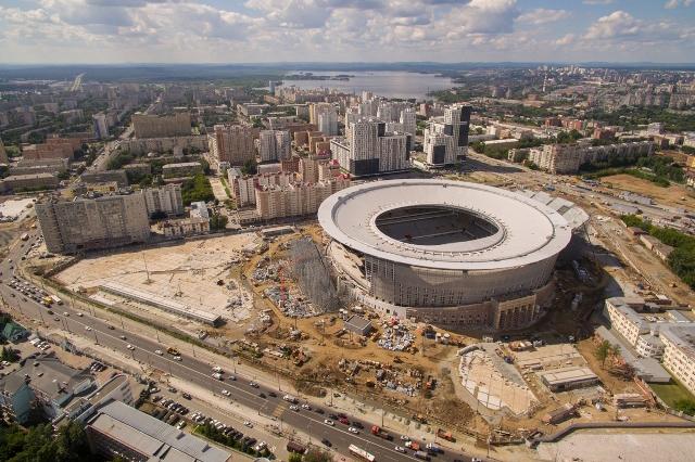 Настадионе «Екатеринбург Арена» погнули крышу, как ибыло задумано впроекте