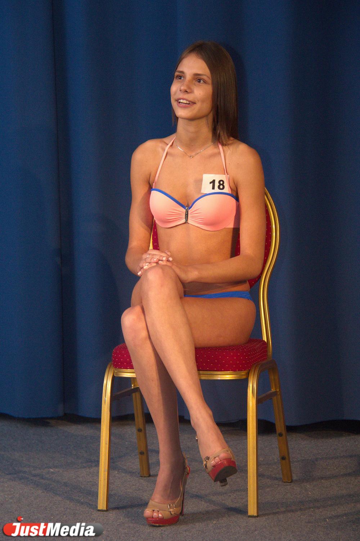 Думаете женщина с членом - диковинка из Таиланда? Совсем нет, сегодня существуют специализированные места, в которых девушка с членом готова показать свои умения как разнополым, так и однополым партнерам смотрите на porn0hd.com
