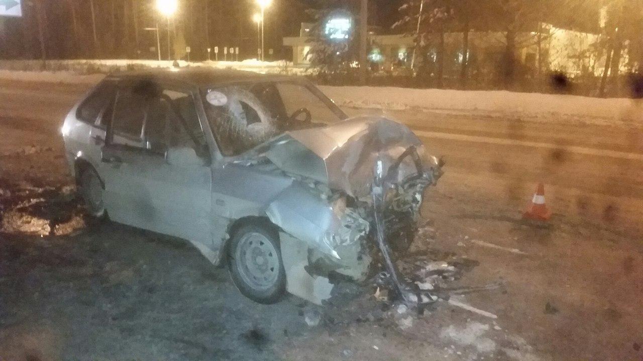 Вмассовом ДТП наБерезовском тракте пострадали два человека