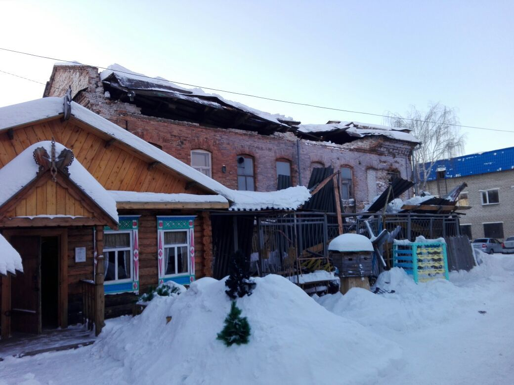 ВИрбите обвалился дом XIX века