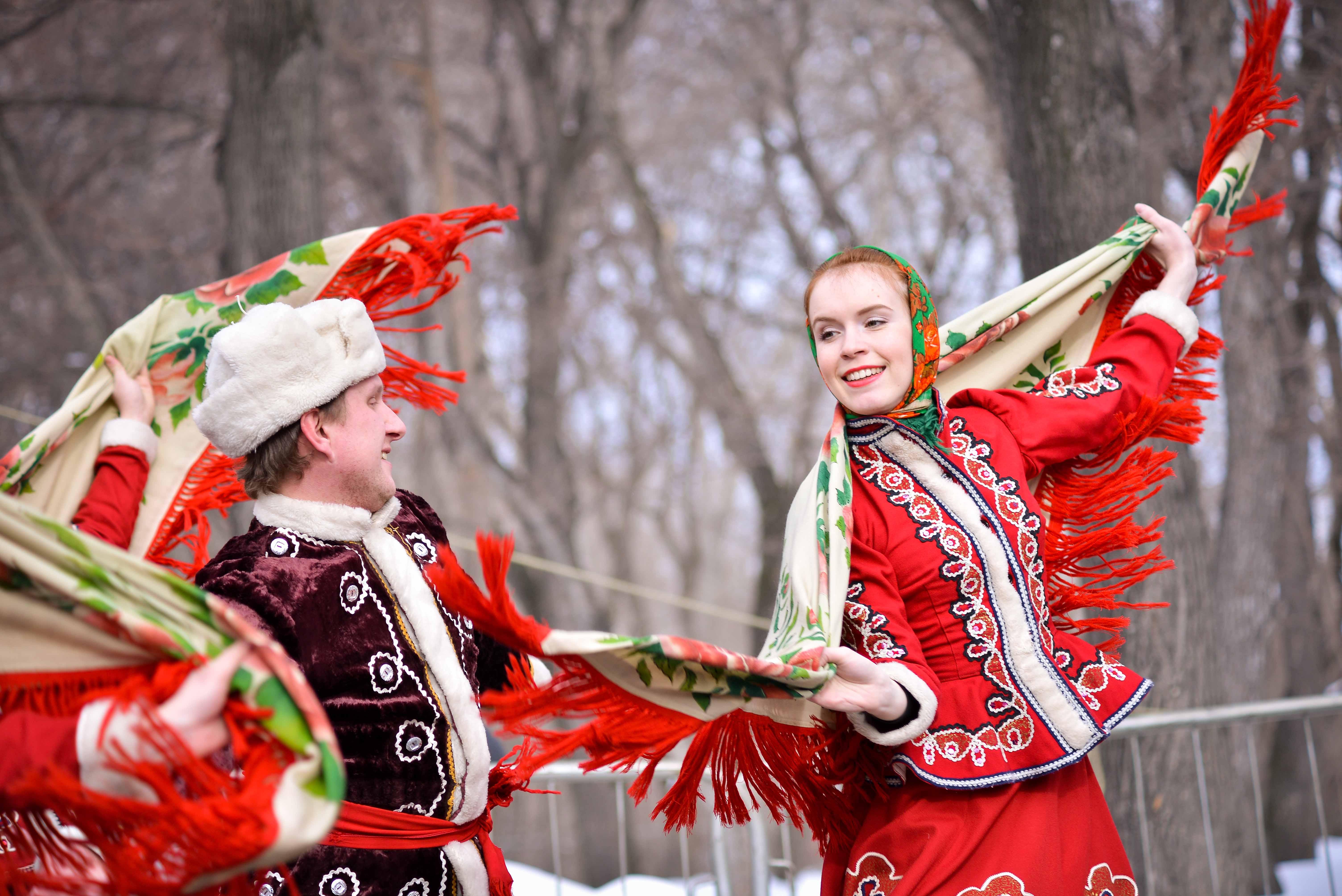 Танцы на масленицу фото 255-928