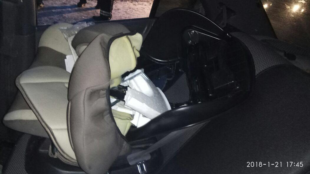 На Пермском тракте в страшной аварии погибла четырехлетняя девочка. ФОТО