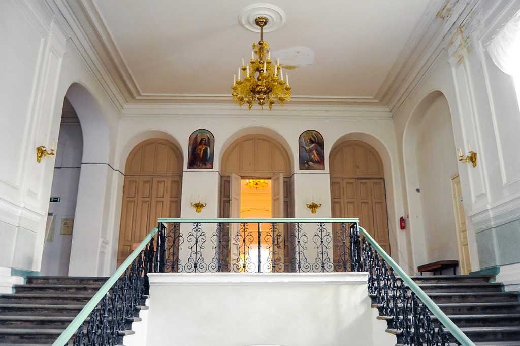 Суд запретил отдавать РПЦ здания колледжей вЕкатеринбурге