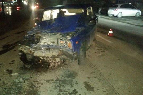 В Березовском пьяный водитель грузовика устроил ДТП с пострадавшими. ФОТО