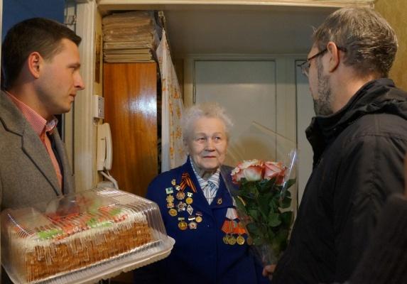 Кто дарит подарки для ветеранов