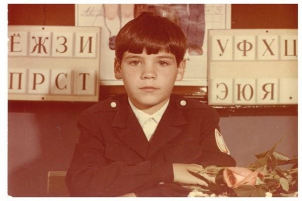 Вот так в школьные годы выглядел Денис Паслер, Председатель Правительства Свердловской области