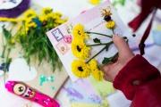 Екатеринбуржцы отправили несколько сотен поздравлений с Днем матери в разные уголки России