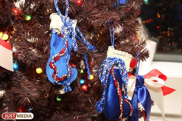 Любой может стать Дедом Морозом. В ТРЦ «Гринвич» появится «Елка желаний»