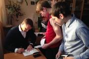 Багаряков и его книга «Борьба за Екатеринбург» осчастливили 50 сирот из Невьянска