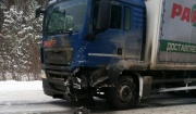 Под Асбестом, влетев под встречный тягач, погиб водитель «семерки»