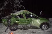 На Тюменском тракте автоледи въехала в барьер и столкнулась с легковушкой. Один человек погиб, три — пострадали