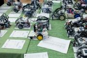 Первая битва роботов и занятия по строительству небоскребов прошли на Урале