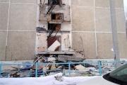 В Среднеуральске рядом со зданием мэрии обрушились балконы общежития. ФОТО