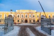 МУГИСО остановило ремонт крыши Оровайских казарм