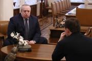 В Екатеринбург прибыл идеолог российского патриотизма. Здесь он собирается черпать истоки любви к Родине