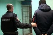 Хотел уехать домой, но не было денег. Полицейские задержали подозреваемого в вооруженном налете на екатеринбургский банк