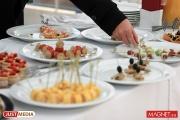 Екатеринбуржцы стали восполнять нехватку качественных зарубежных сыров продукцией уральских фермеров