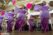 Китайские пельмени и танец с веерами. Иностранные студенты отпраздновали Новый год в УрФУ