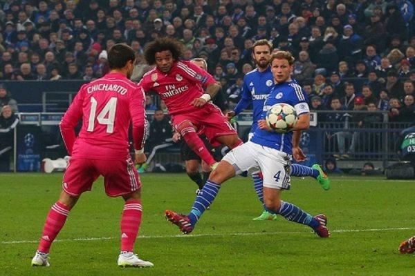 Мадридский «Реал» на выезде со счетом 2:0 обыграл «Шальке-04»
