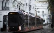 Уменьшен наклон кабины и появились зеркала. Екатеринбуржцам представили утвержденный вариант дизайна инновационного трамвая. ФОТО