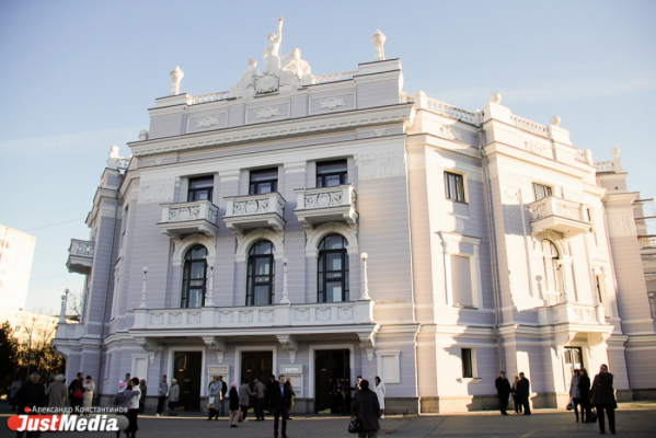 На премьере «Риголетто» главные партии исполнят мировые звезды — Венера Гимадиева и Дэвид Чеккони