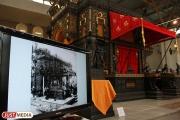 Екатеринбургскому музею ИЗО подарят картину «Село Чусовое», написанную одиннадцатью художниками