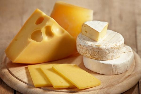 Прощай сыр из Польши. Роспотребнадзор приостановил ввоз сыров