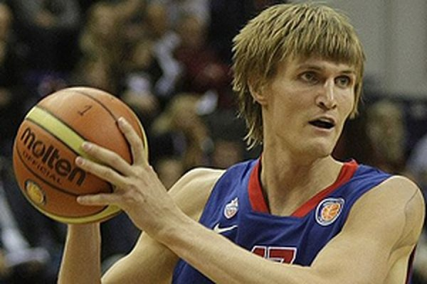 Российский баскетболист Андрей Кириленко вернулся в ЦСКА
